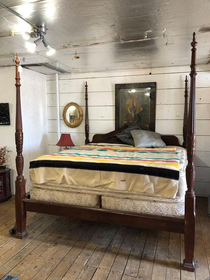 King Size Four Poster Bed w/ Pillow Top Mattress