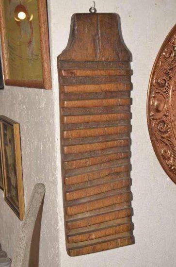 Vintage European Wooden Wash B