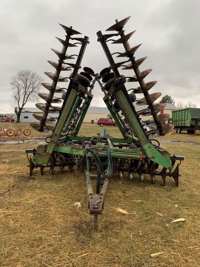 John Deere 331 32 Ft Disc