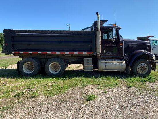 2000 International Eagle 9900 Dump Truck