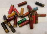AMMO MISC SHOTGUN SHELLS, OLD, SOME ARE PAPER, VARIOUS CALIBERS 20 ROUNDS