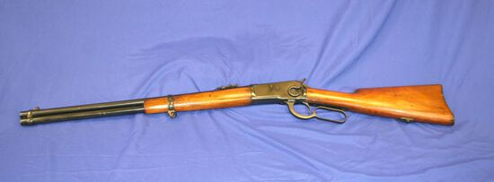 Winchester Model 1892 Saddle Ring Lever Action Rifle Caliber: 44 wcf