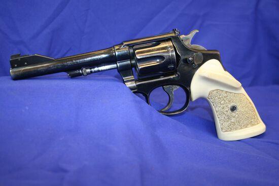 Smith & Wesson US Service CTG Revolver Caliber: 38spl