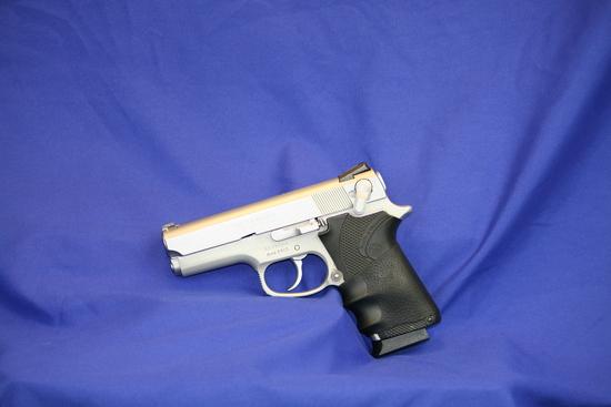Smith & Wesson Model 3913 Pistol Sn: Tee9994