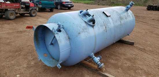 660 Gal Upright Air Storage Tank