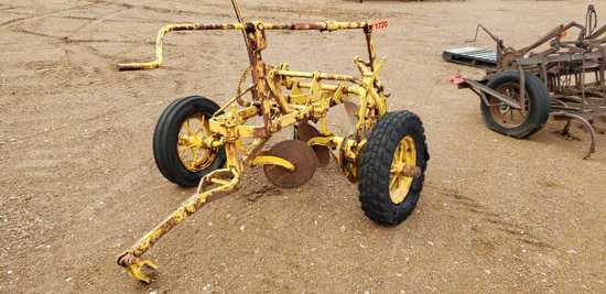 Oliver Towable 16 Inch 2 Bottom Plow