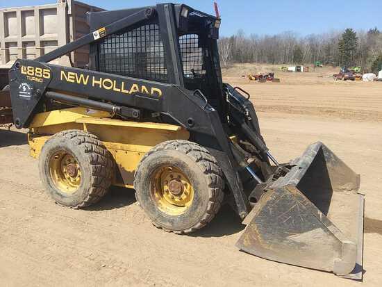 New Holland Lx885 Skid Steer