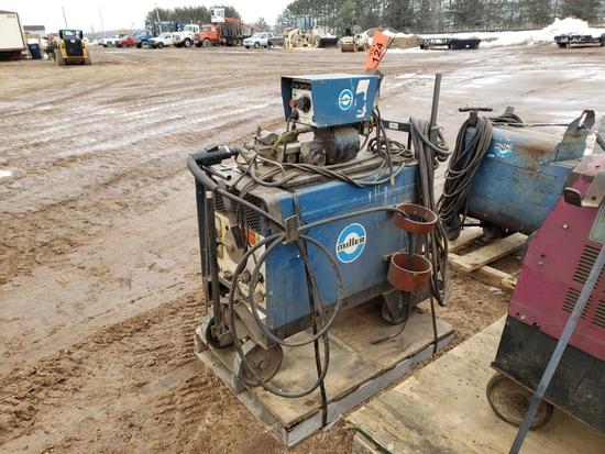 2005 Miller Scp-200c Welder With Millermatic 30