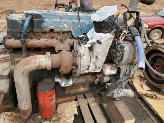 International Dt466 Engine