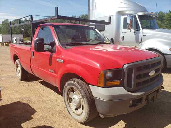 2005 Ford F350 Pick-up Truck