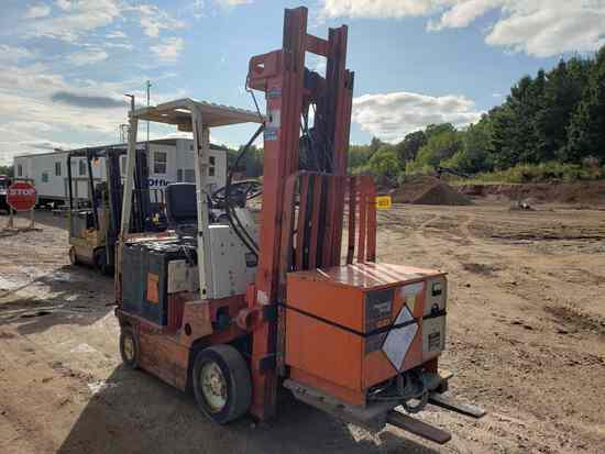 Nissan Cub01l15s Forklift