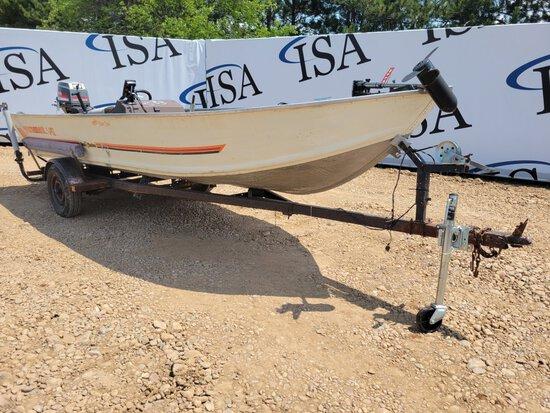Bass Tracker Tournament V17 Boat