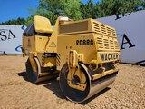 Wacker Rd880 Roller