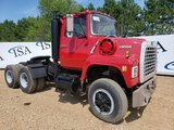 1980 Ford L8000 Day Cab Truck Tractor