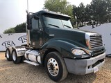 2006 Freightliner Columbia 120 Day Cab Semi