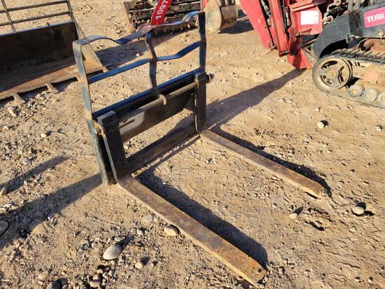 """34"""" Pallet Forks For Toro Dingo"""