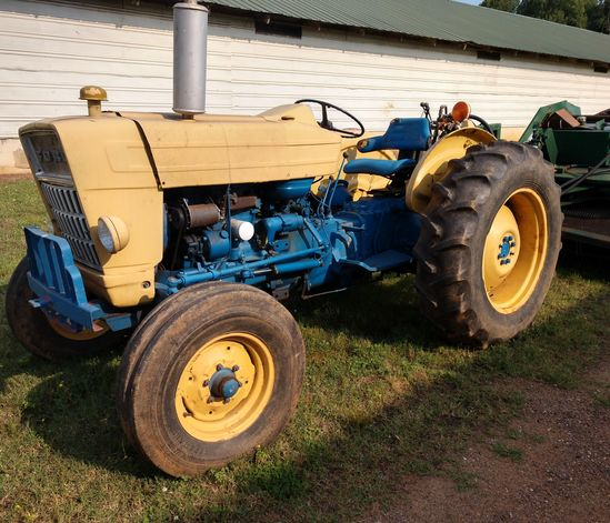 1979 Ford 340 Tractor