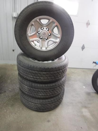 Toyo HT Open Country 265/70 R16 on Toyota Rims