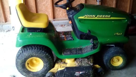 John Deer 16HP Riding Mower - LT 166