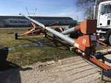 Hutchinson 8x60ft auger with swing away