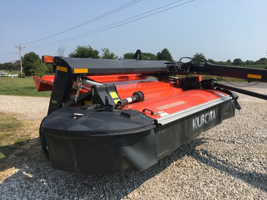 2015 Kubota DMC 8032R Trailed Disc Mower Conditioner, rubber roller, only 150 acres, one owner.