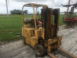 Yale Y44 LP forklift, reads 1018 hours, water pump is out, sells with new pump.