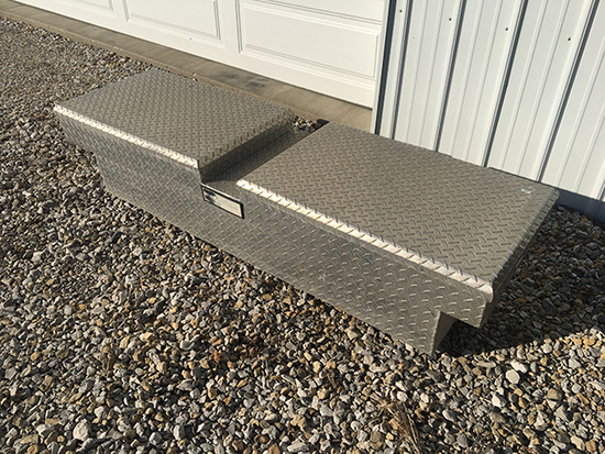 JD Diamond Plate Tool Box