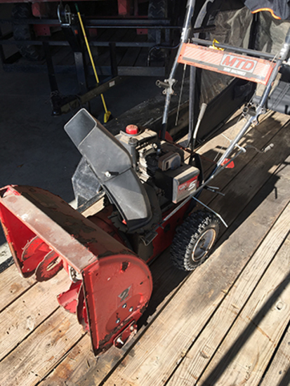 MTD Snow Blower (Consigned by Ethan Cole 573-231-5908)