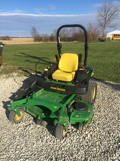 JD 757 Z Trak, 25hp V Twin, 60in Cut, Only 260 Hours, Runs & Drives