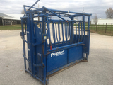 Priefert S019190 Squeeze Chute, Manual & Automatic, Side Gate, Used Very Little