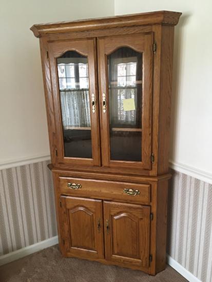 Corner Cabinets, 40 In Wide