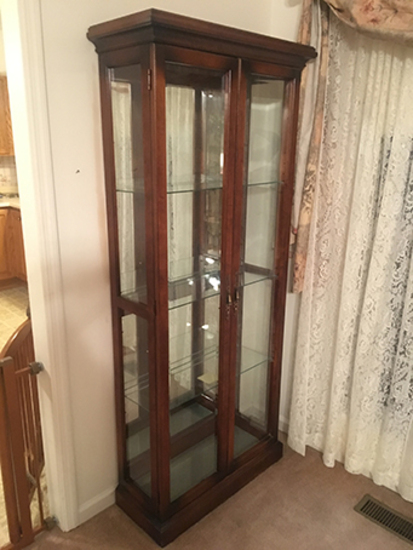 Curio Cabinet, 30 in Wide, 75 1/2 in Tall
