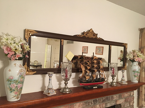 Buffet Mirror, Ship, Vases