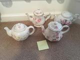 4 Tea Pots