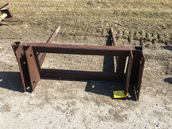 Loader bale prong, 38 in. inside to inside on mounting brackets