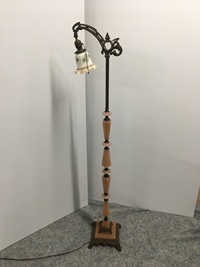 PICK UP ONLY -  58 1/2 in tall Akro Agate Art Deco floor lamp