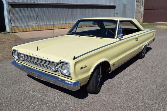 1966 Plymouth 426 Hemi Satellite