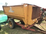 Knight 2250 Mixer Wagon