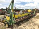 John Deere 7100 8-Row Planter