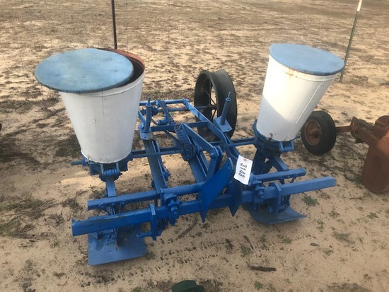 Ford Planter