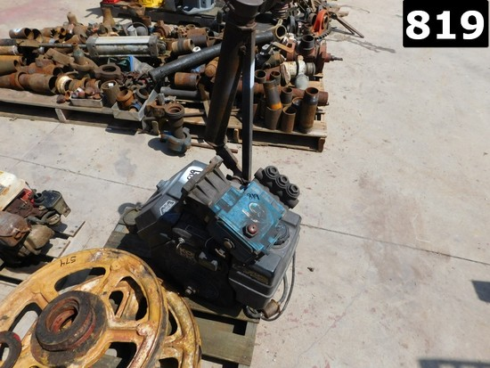 CAT TRIPLEX PRESSURE WASHER PUMP P/B KOHLER GAS ENGINE (11293531) LOCATED I