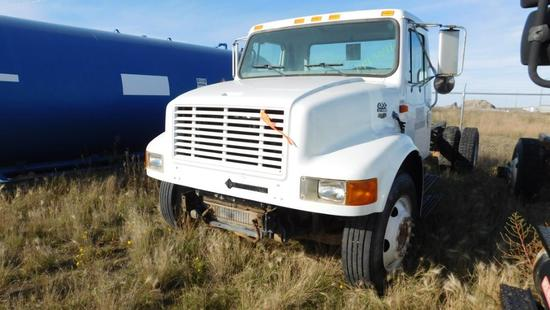 "(1493041) (X) 2001 INTERNATIONAL 4700 S/A CAB & CHASSIS, 254"" WB, VIN- 1HTSCABMXYH293041, P/B DT466E"
