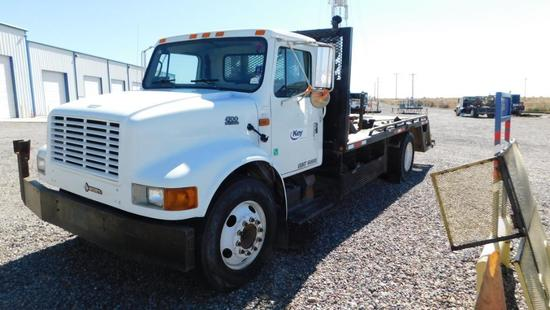 (1479055) 2001 INTERNATIONAL 4700 MEDIUM DUTY TOOL TRUCK, VIN- 1HTSCAAM31H379055, P/B DT466E, AUTO