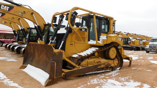 Located in YARD 1 - Midland, TX (2409) 2014 CATERPILLAR DGT XL CRAWLER TRACTOR S