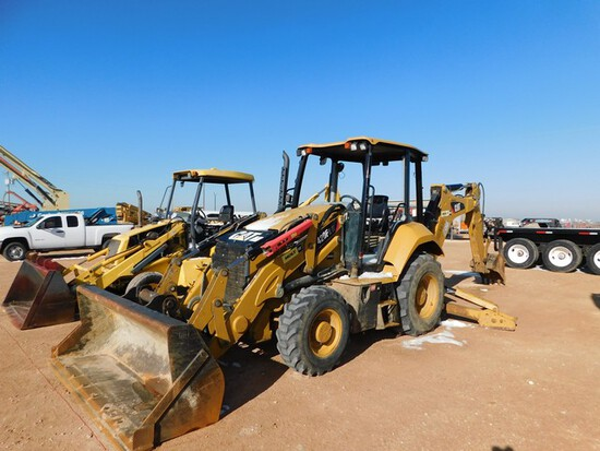 Located in YARD 1 - Midland, TX (6294) 2015 CATERPILLAR 420F 2IT 4WD LOADER BACK