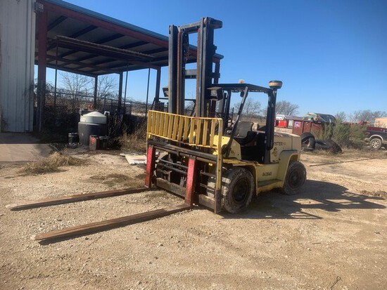 Located in YARD 5 - Bryan, TX (6143114) HYSTER MODEL H155XL22 14,800# FORKLIFT,