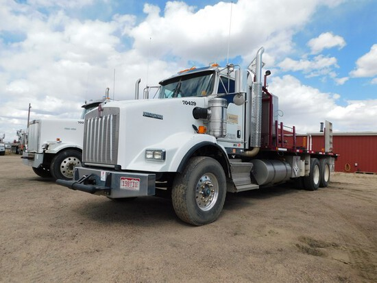 (FMB7416) 2012 KENWORTH T8 T/A DAY CAB STAKE BED TRUCK, VIN- 3BKDL40X5CF305180,