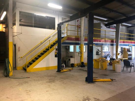 Two Post Lift ATO77   Space Saver Two Post Lift