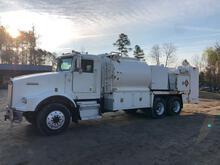 Fuel & Lube Maintenance Truck