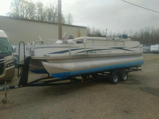 2008 Freedom Fisher 220